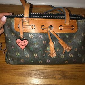 Dooney and Bourke handbag!! 👜